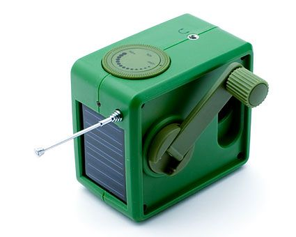 solar-hand-crank-radio-2-lg