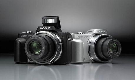 Sony CyrebShot H3 - wersja czarna i srebrna