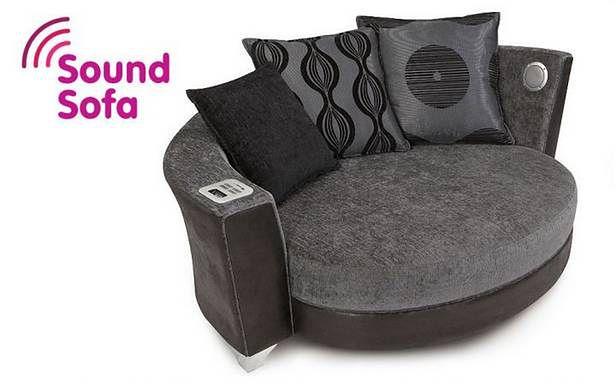 Trophy Cuddler Audio Sofa Idealny Mebel Dla Wielbicieli Muzyki