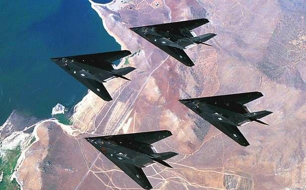 Samoloty F-117 - jeden z symboli technologii stealth (Fot. Sodahead.com)