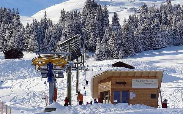 Tenna - wyciąg narciarski zasilany energią słoneczną (Fot. Gizmag.com)