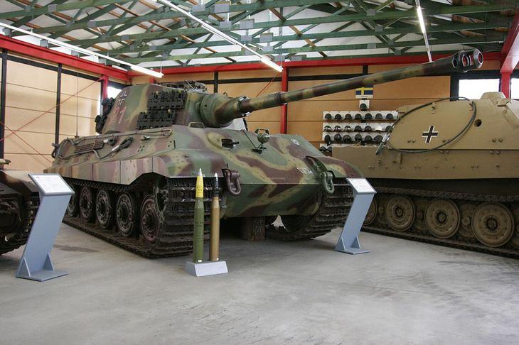 Panzerkampfwagen VI B Königstiger