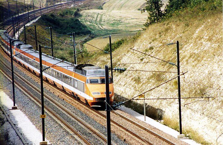 TGV w oryginalnym malowaniu