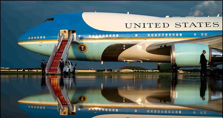 """Air Force One - """"latający Biały Dom"""" prezydenta USA"""