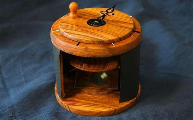 Przyrząd nawigacyjny z kryształem kalcytu (Fot. Wired)