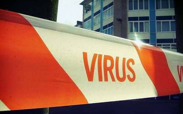 Jakie zagrożenia czają się w Sieci? (Fot. Flickr/Nils Geylen/Lic. CC BY-SA)