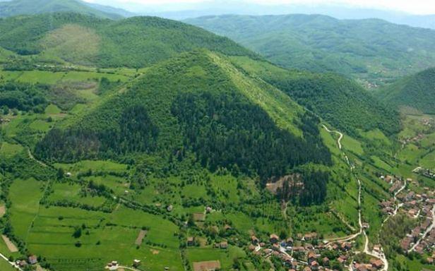 Visočica - wzgórze zidentyfikowane jako Bośniacka Piramida Słońca