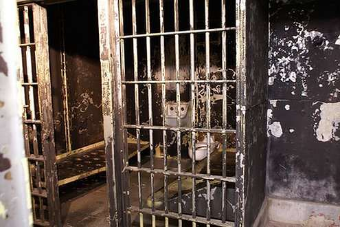 Cela więzienna (Fot. Flickr/Valerie Everett/Lic. CC by-sa)