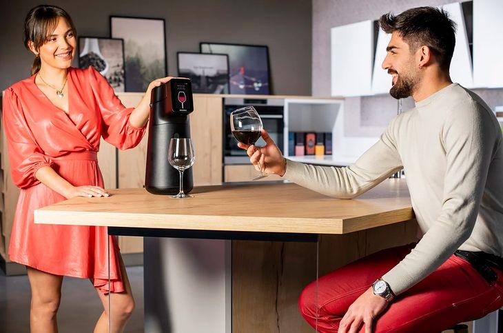 Smart dozownik do wina - utrzyma je w dobrej kondycji do 6 miesięcy po otwarciu
