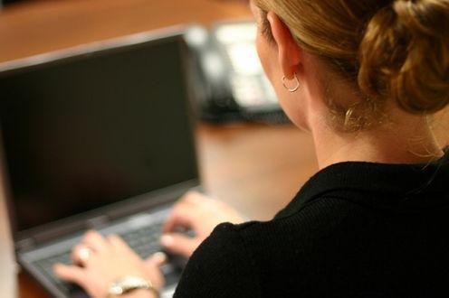 woman-computer