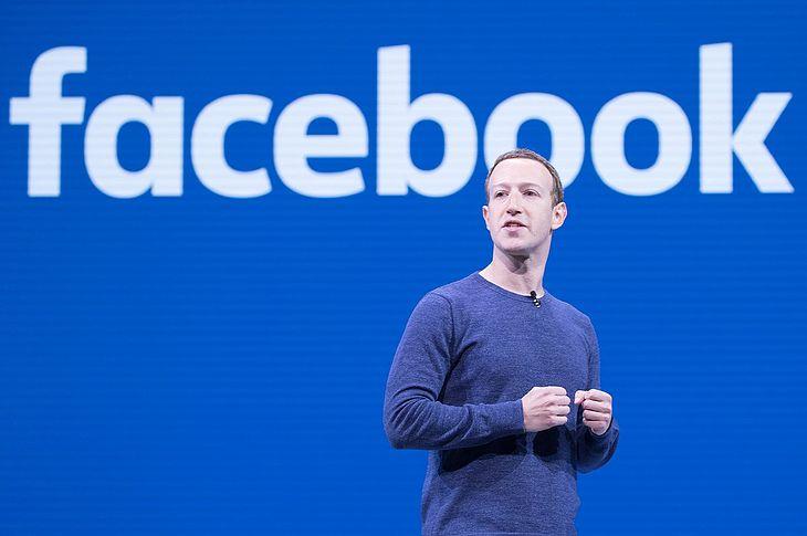 Mark Zuckerberg chyba nie lubi Demotywatorów