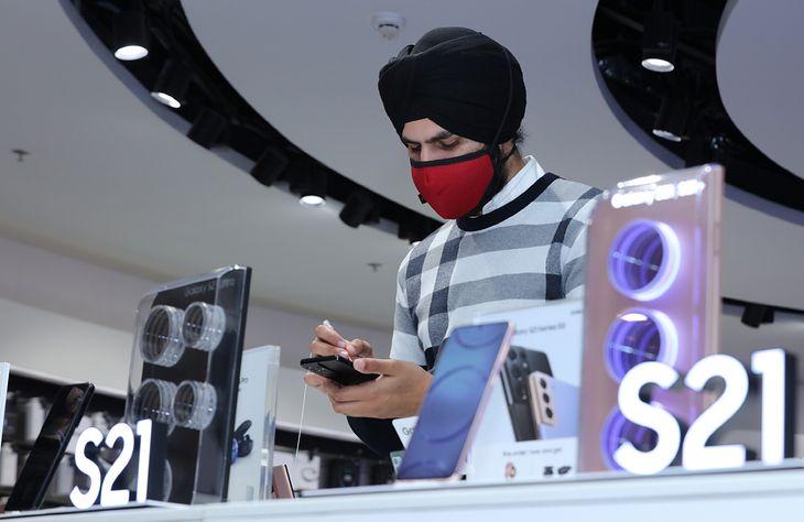 Najwięcej smartfonów w Q1 2021 dostarczył Samsung