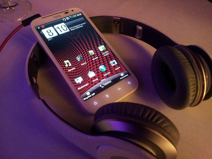 HTC Sensation XL i Beats Solo HD | fot. wł.