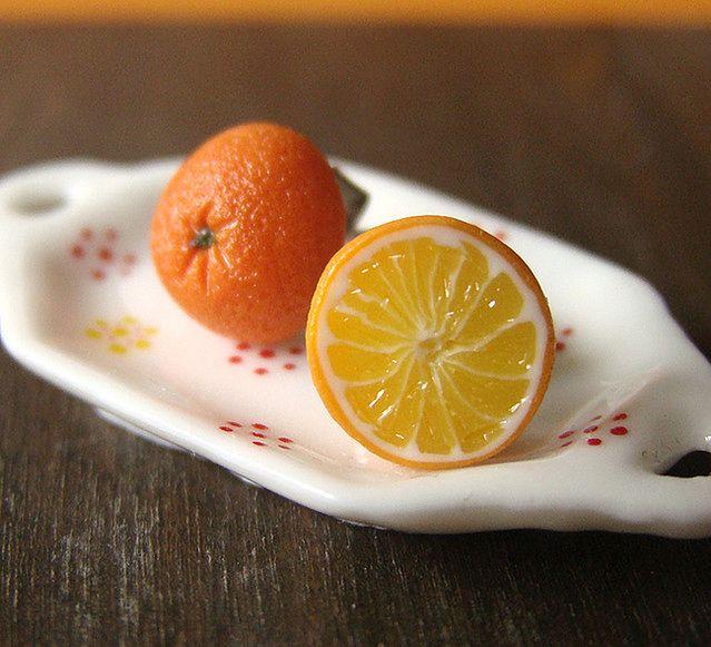 Dwie pomarańcze (fot. by PetitPlat - Stephanie Kilgast/flickr/na lic. CC)