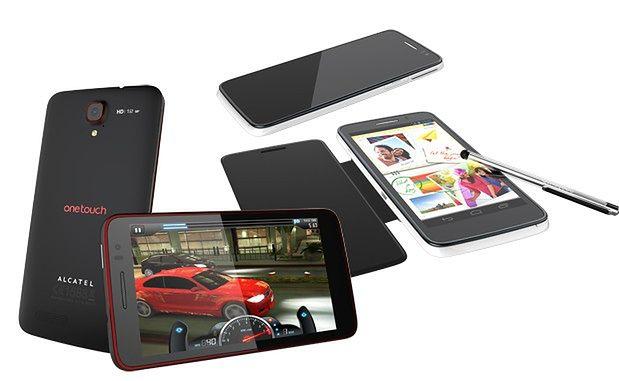 Nowe smartfony Alcatela (fot. engadget.com)