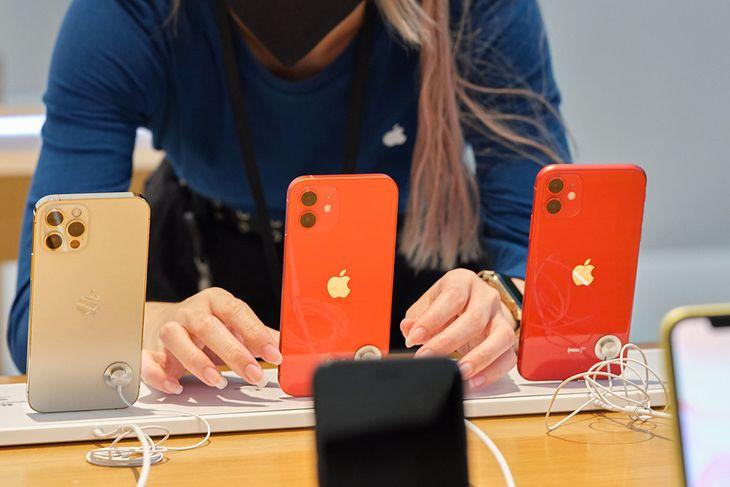 iPhone 12 okazał się hitem, ale bez przesady