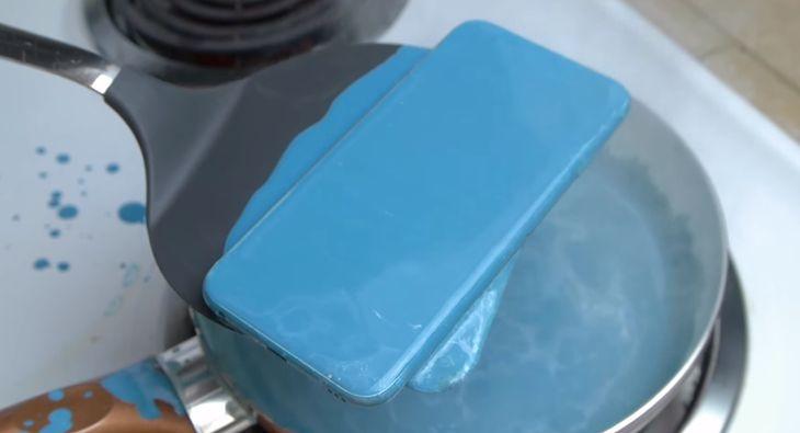 niebieski iPhone 6s