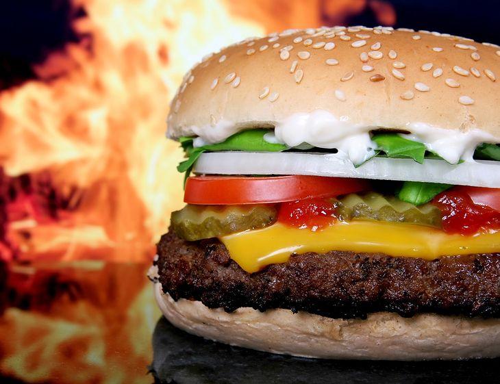 Patrz, Google'u. Tak wygląda porządny cheesburger