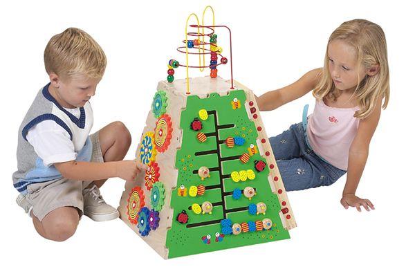 Dziecięce zabawki, fot. best wooden toy