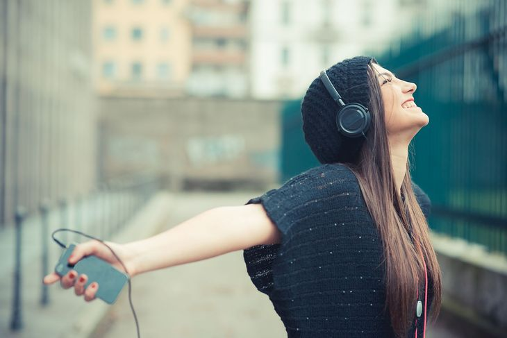 Słuchanie muzyki z telefonu