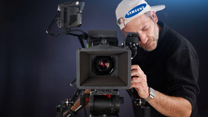 Zmodyfikowane zdjęcie: Camera operator
