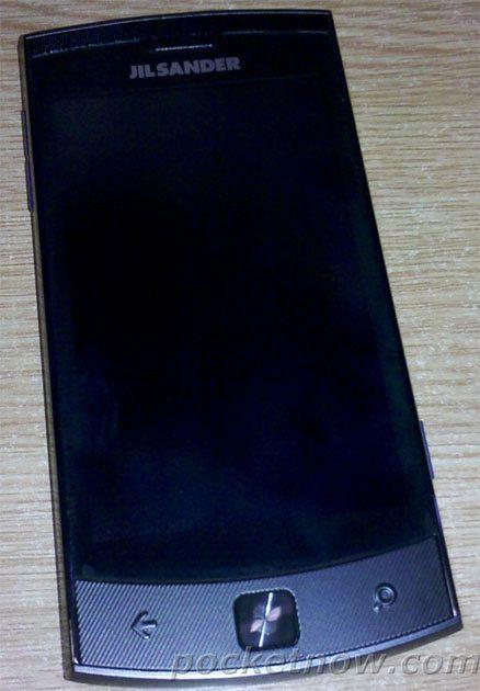 LG E906 (fot. PocketNow)