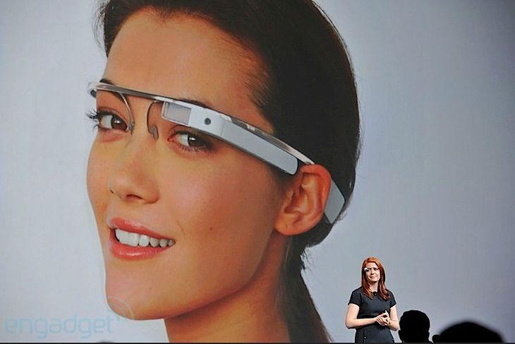 Google Glass   fot. engadget.com