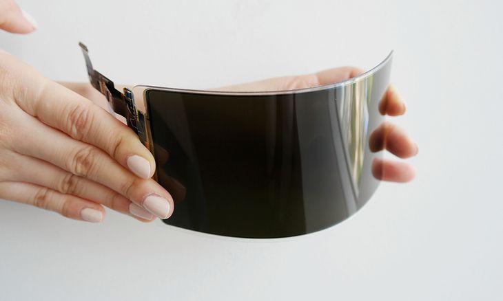 """Firma Samsung Display zaprezentowała """"niezniszczalny"""" elastyczny ekran OLED"""