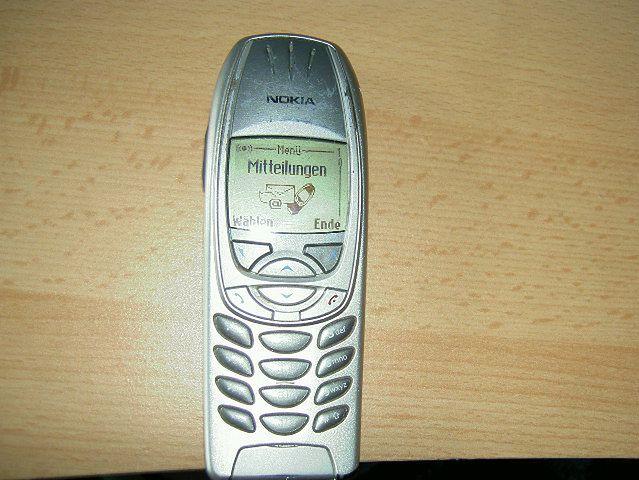 Nokia 6310 z 2001 roku