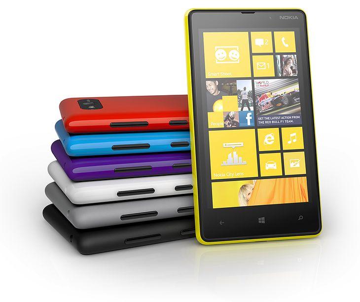 Nokia Lumia 820   fot. Nokia