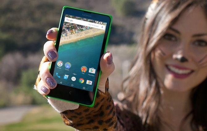 Nokia X z Androidem (zmodyfikowane zdjęcie)