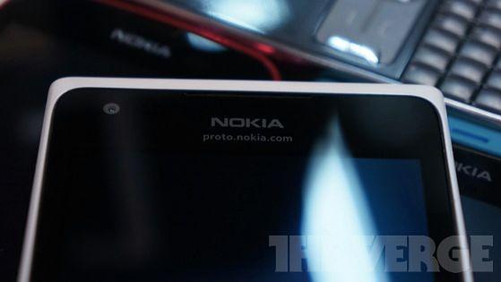 Jak będą wyglądać nowe telefony Nokii? (fot. The Verge)