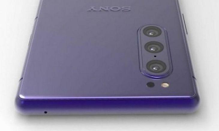 Sony może szykować kolejny smartfon z potrójnym aparatem
