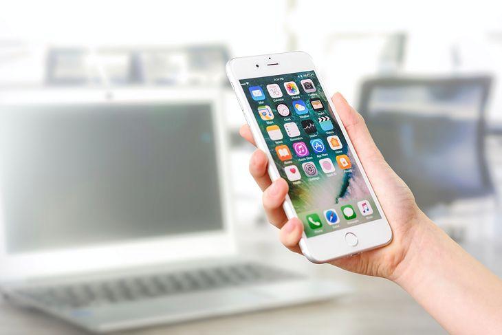 Podpowiadamy, jak zalogować się do usługi Apple iCloud