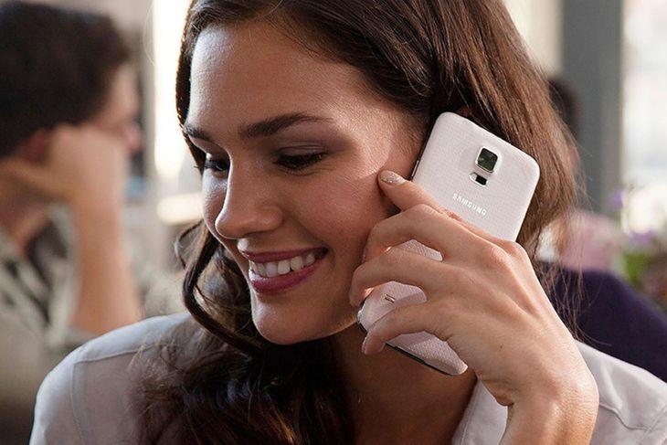 6-letni Samsung Galaxy S5 ma kilka rozwiązań, których w 2020 roku próżno szukać w tańszych telefonach