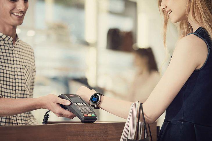 Nie tylko Samsung Pay pozwala płacić zegarkiem
