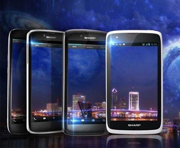 Sharp Aquos Phone SH930W | fot. hi-tech.mail.ru
