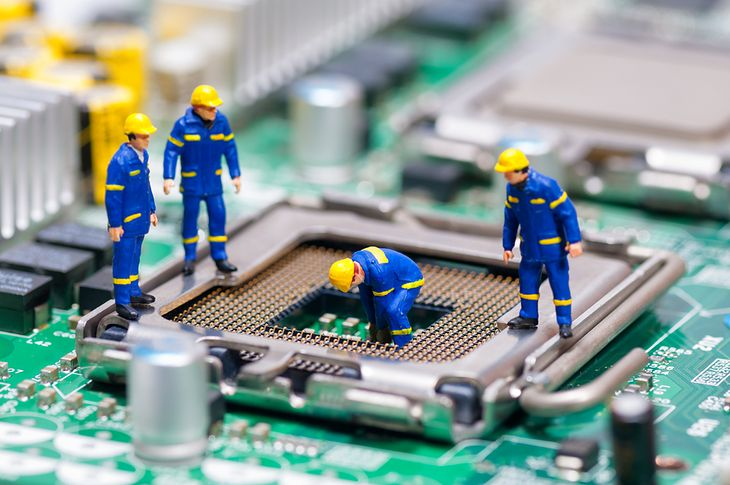 Robotnicy i procesor
