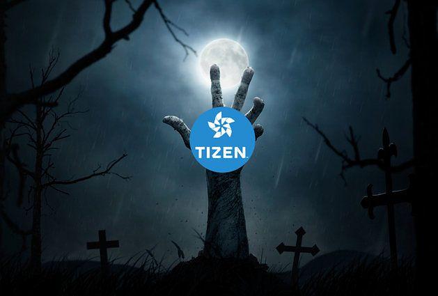 Zmodyfikowane zdjęcie Halloween concept, zombie hand rising out from the ground