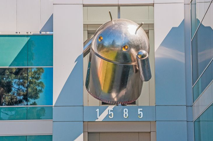 Large-sized Android icon at the top of a Google's Corporate headquarters