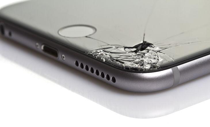 Uszkodzony iPhone