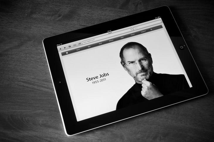 Steve Jobs wyświetlony na iPadzie