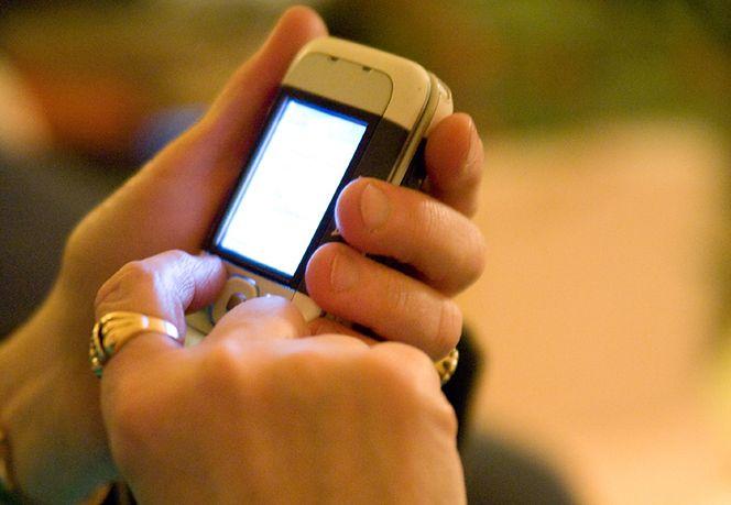 Kiedyś pisanie SMS-ów było mniej wygodne (fot. Rd. Vortex)