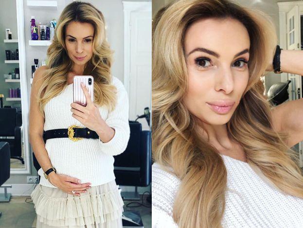 """Ciężarna Janachowska chwali się brzuszkiem na Instagramie: """"Z przodu niby nic, ale z boku&"""""""