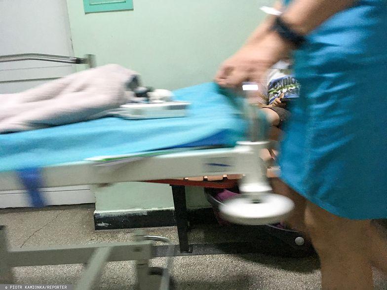 Dziesięcioro dzieci musiało być hospitalizowanych