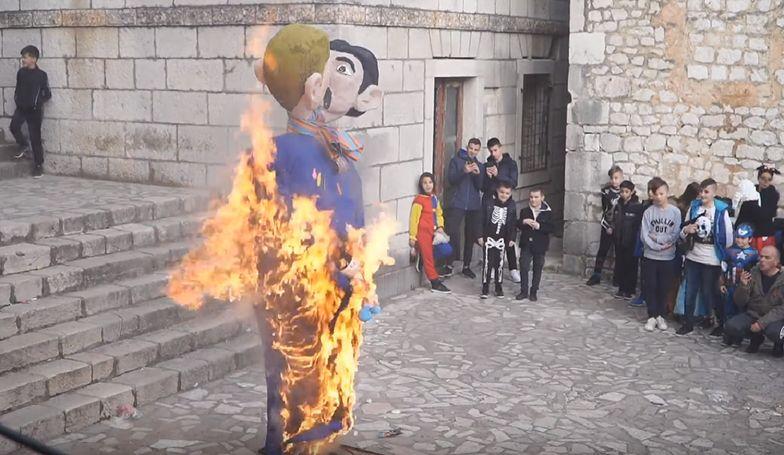 W Chorwacji spalono kukłę gejów w czasie pochodu karnawałowego.