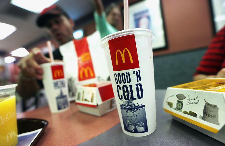 McDonald's rezygnuje z plastikowych słomek. Będzie eko-zamiennik