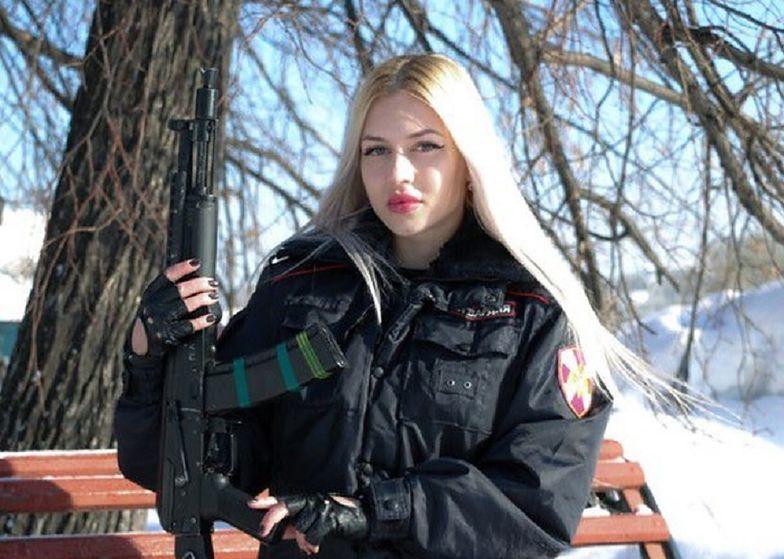Władimir Putin może być dumny. Takiej żołnierki nie ma żadna armia