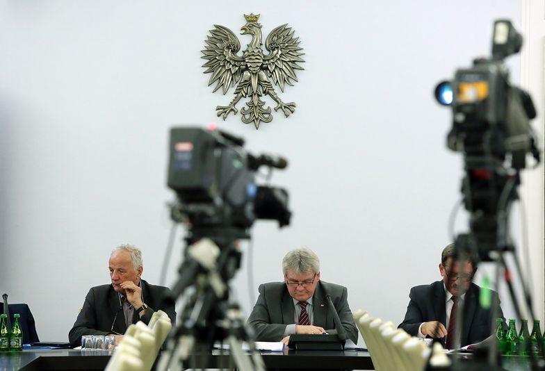 Szefowa komisji Małgorzata Wasserman wezwała szefa ABW do natychmiastowych wyjaśnień w sprawie tego, co zawiodło