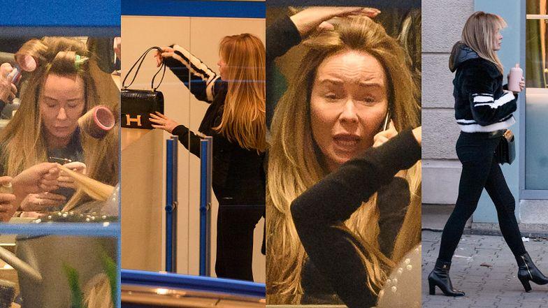 Joanna Przetakiewcz u fryzjera z wałkami na włosach i z torebką za… 144 TYSIĄCE ZŁOTYCH (ZDJĘCIA)